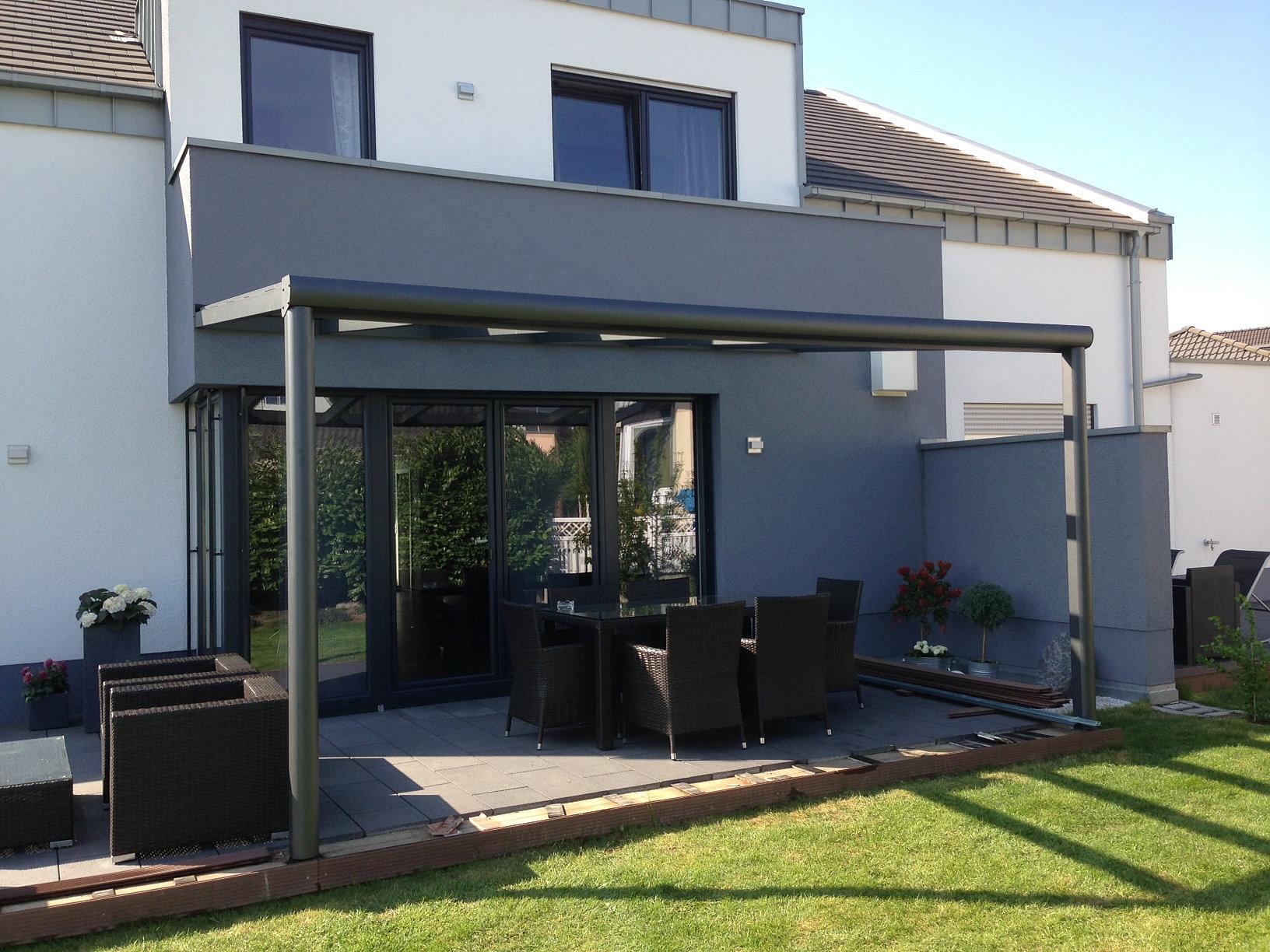 wintergarten und terrassen berdachungen terrassendach. Black Bedroom Furniture Sets. Home Design Ideas