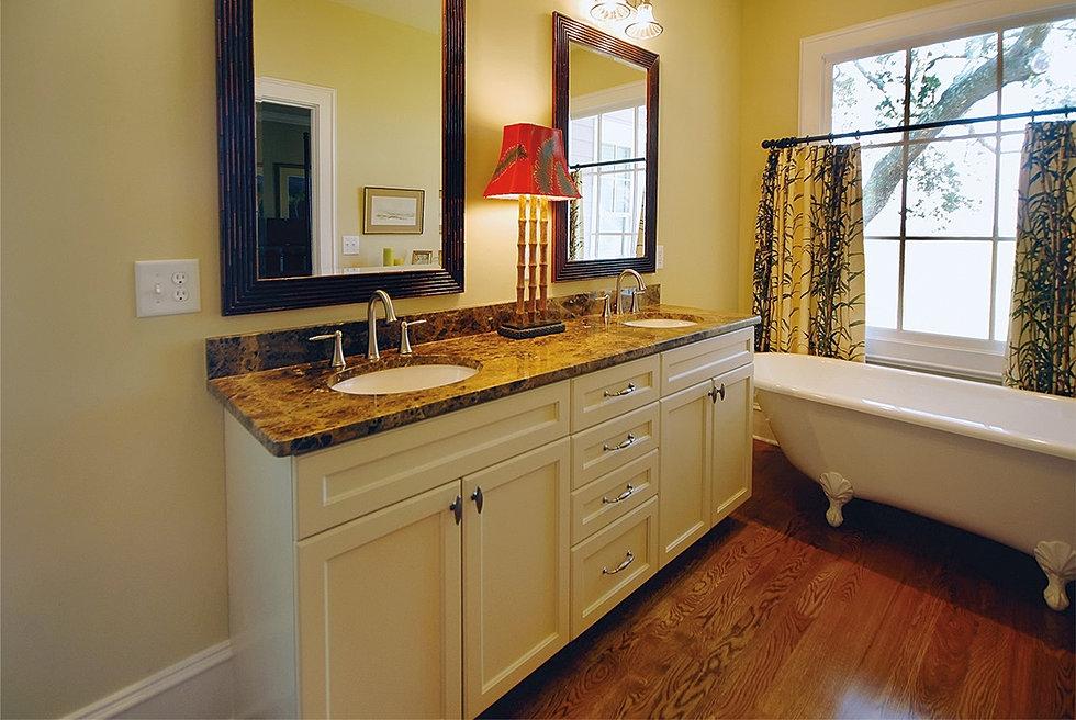 Camaforte Design Cabinetry Bathroom Remodeling Design
