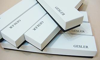 Коробки с логотипом на заказ: изготовление