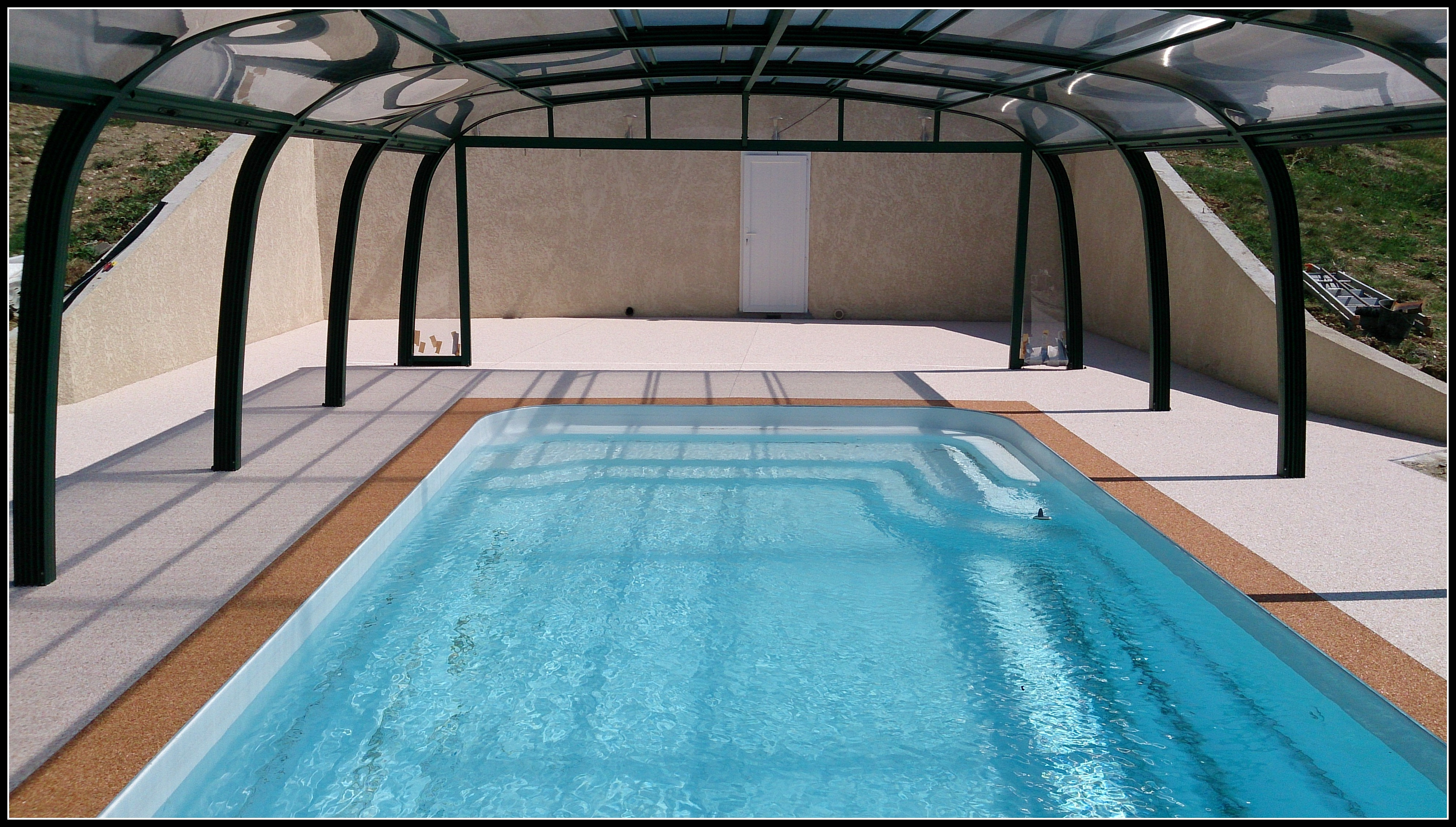 Pourtour de piscine en r sine - Pourtour de piscine ...