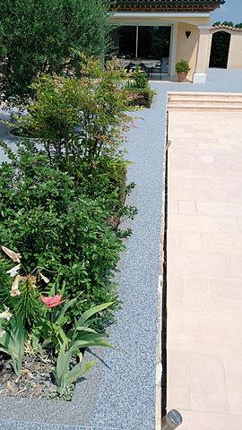 Moquette de pierre revetement terrasse resine 3d matieres for Nettoyage sol exterieur