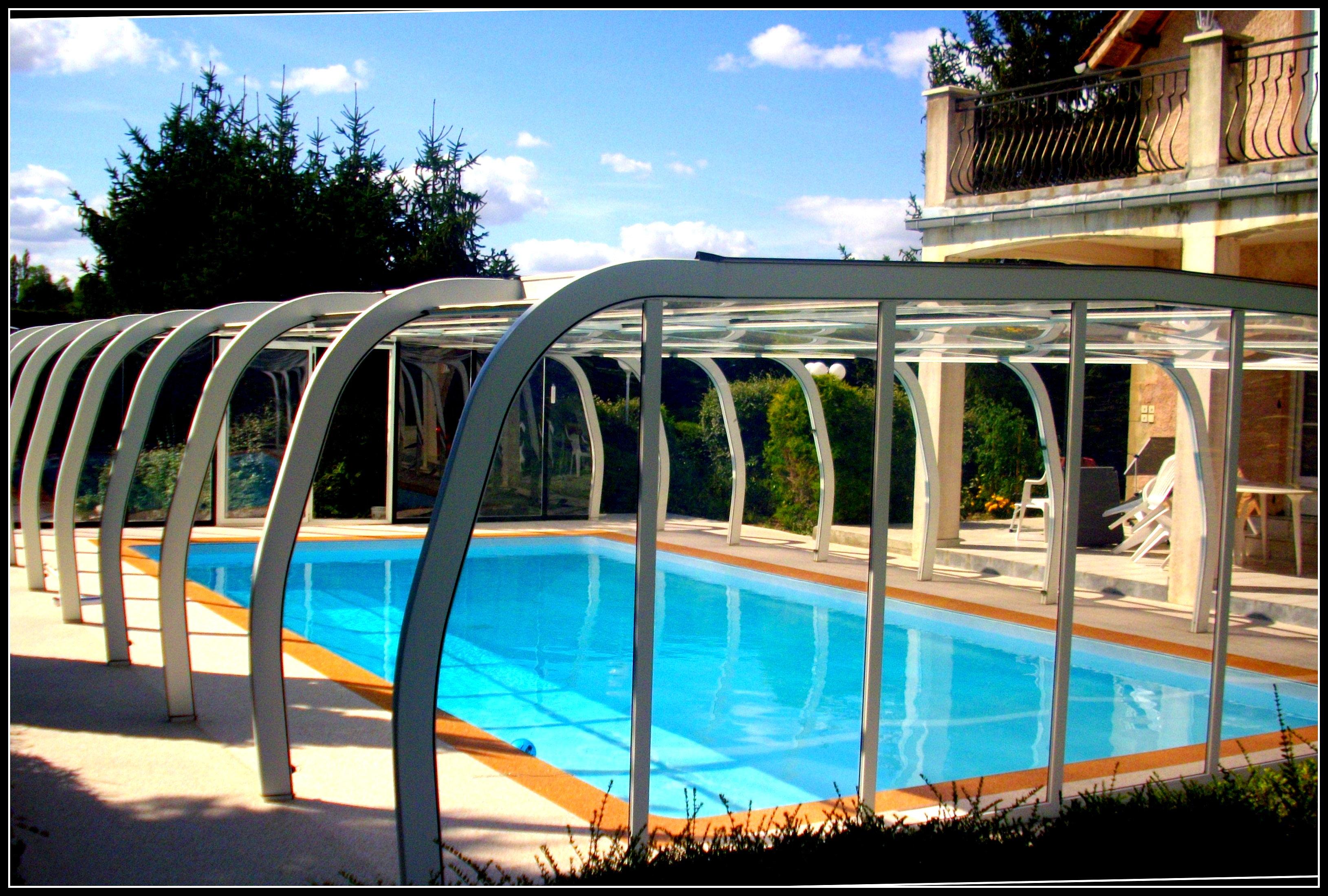 Contour de piscine antid rapant for Piscine 3 05 x 1 22