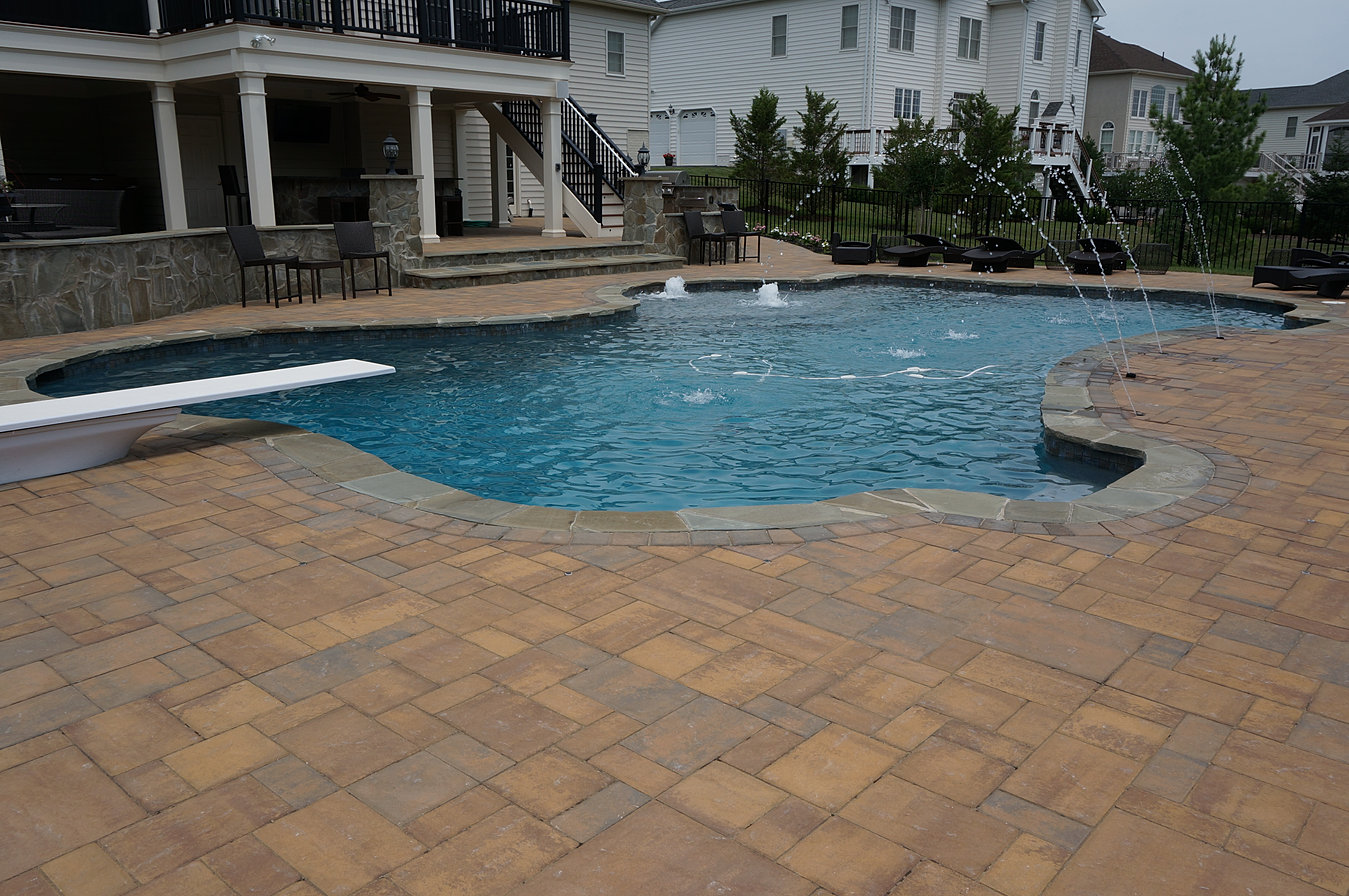 Swimming Pool Contractors Working In Sterling Virginia