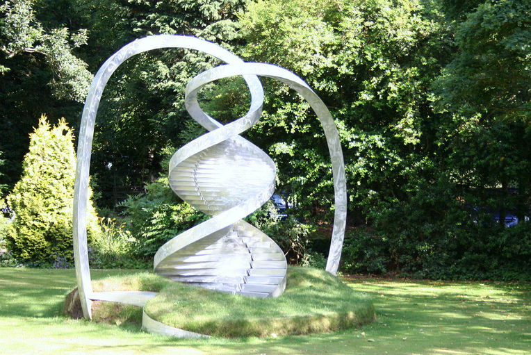 DNA Sculpture.jpg