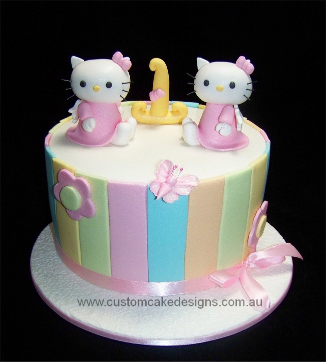 Hello Kitty Cake For Twins