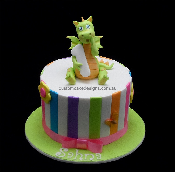 Birthday Cake Image Zeenat : customcakedesigns Year of the Dragon Birthday Cake