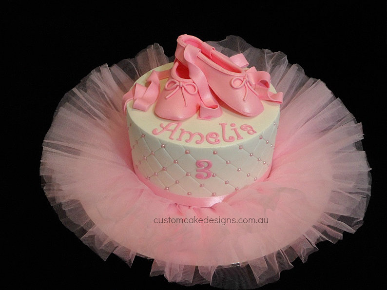 Cake Decorations Ballet Shoes : Custom Cake Designs Cake Decorator Perth Ballet Slippers ...