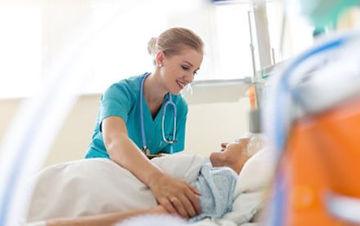 infirmiere et patient