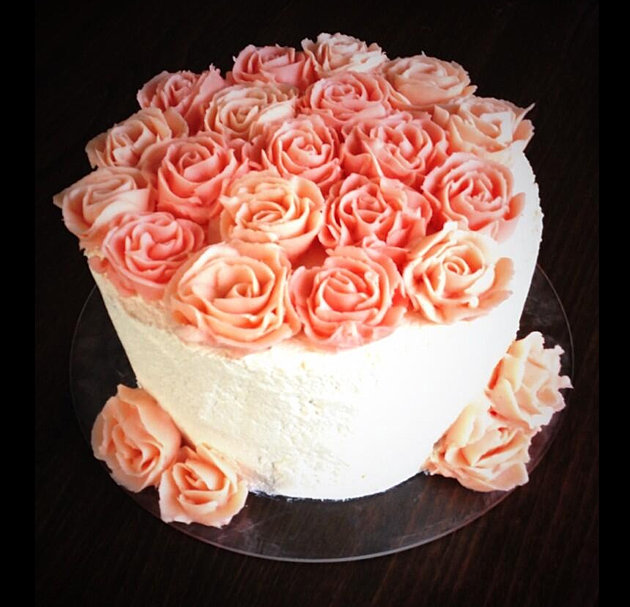 by rory meikle buttercream rose cake