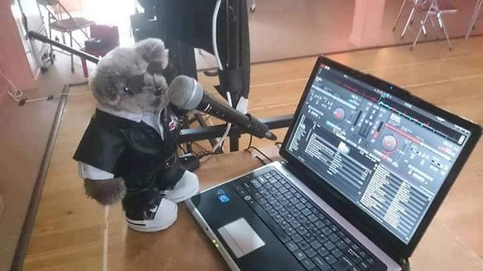 Hubert on the mic.jpg