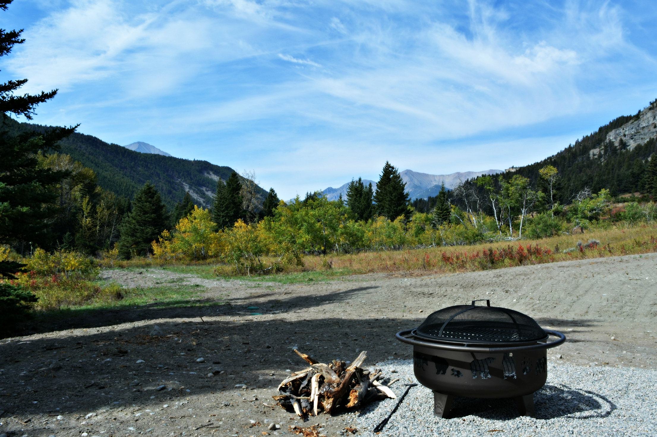 Montana Cabin Rentals On 160 Mountain Stream Front Acres
