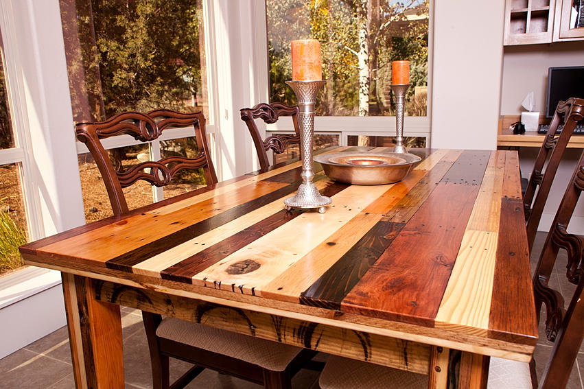 Friday five fabulous furniture features no 16 redo it for Reclaimed wood furniture bend oregon