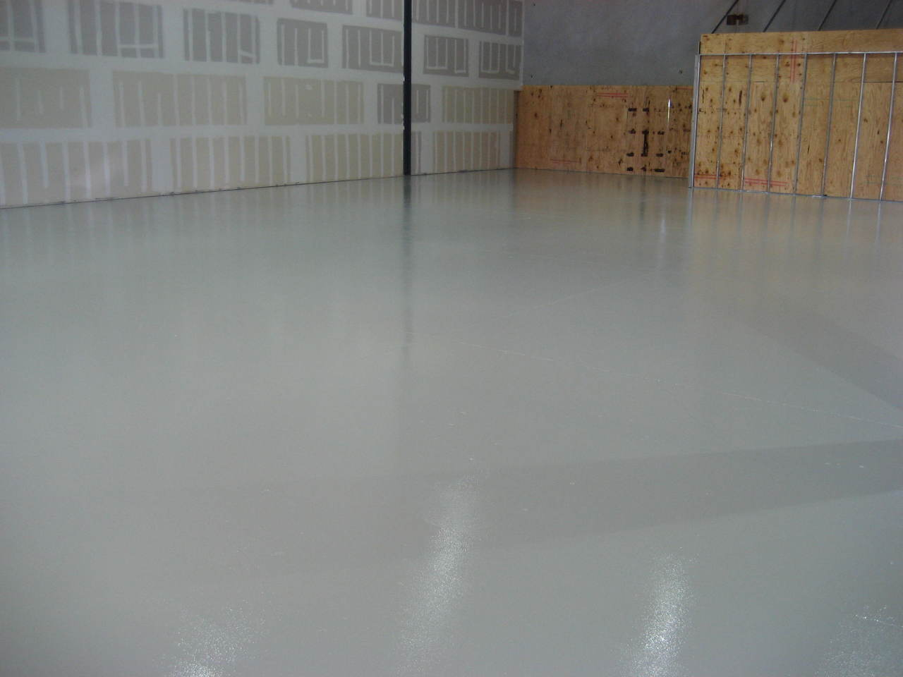 Epoxy Floors, Decorative Surfaces Colourful Floor Coatings