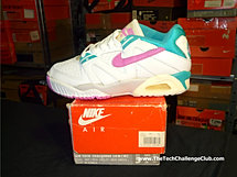 Nike Air Tech Challenge III Low W