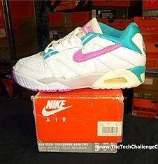 Nike Air Tech Challenge III Low W