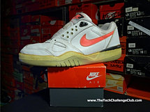 Nike Air Challenge Court Low