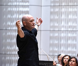 Silas Huff, conductor