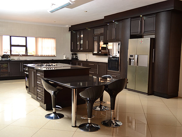 Zimbabwe kitchens harare kitchen link kitchens for Kitchen designs zimbabwe