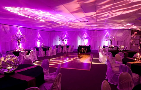 Dekoracje ślubne światlem