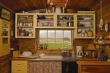 Hut 1 kitchen