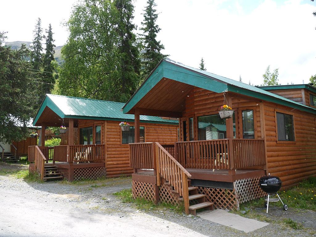 Gwins lodge alaska lodge restaurant cabins on the for Kenai river fishing lodges