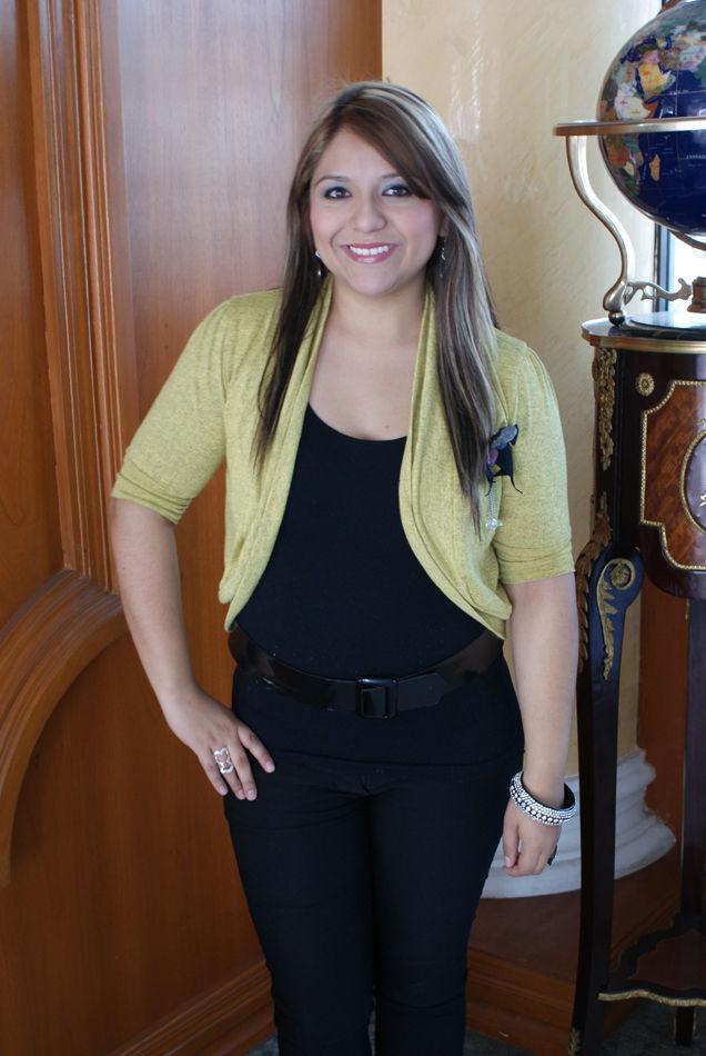 Angelica Ruiz Nude Photos 54