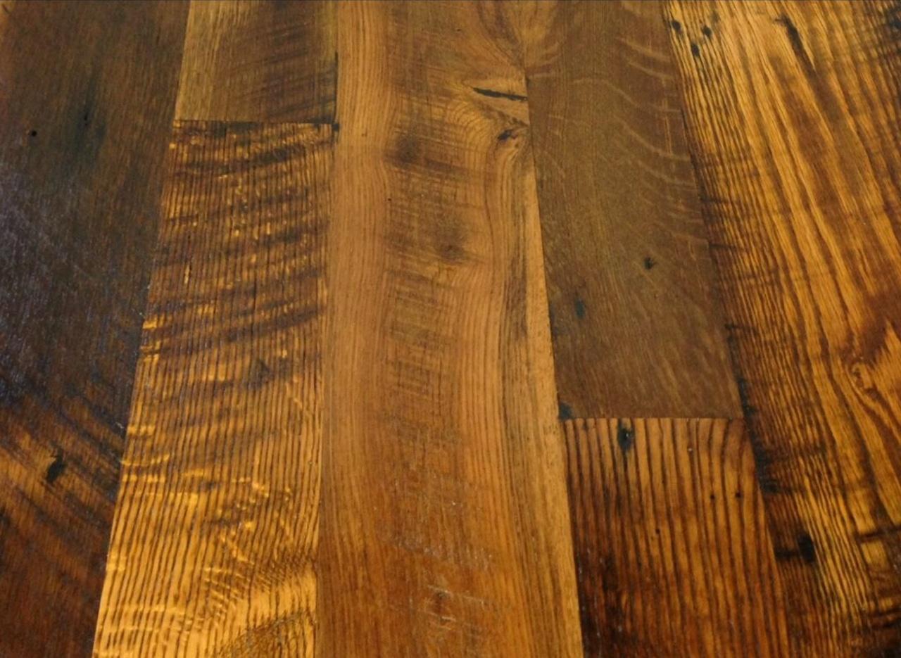 Kansas City Missouri Reclaimed Woods Dirty Top Oak