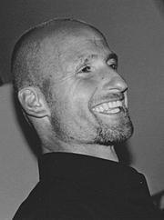 Jürgen Hager - 1b86ff_e310ee24c12649cb8710bc081436180e.jpg_srz_p_180_242_75_22_0.50_1.20_0