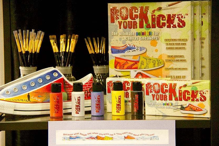 Rock your kicks the ultimate paint kit for canvas sneakers rock your kicks paint kit sciox Images