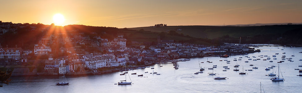 Sunset in the beautiful Salcombe Estuary. Moor your boat with us at Port Waterhouse