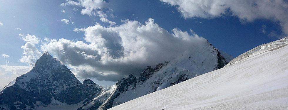 Descente du glacier du Stockji