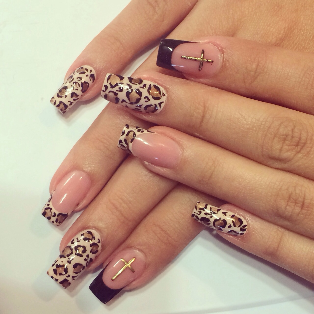 Ногти френч леопард фото