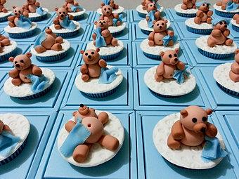 Baby bear blue cupcake