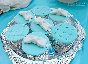 Tiffany & Co. cupcakes