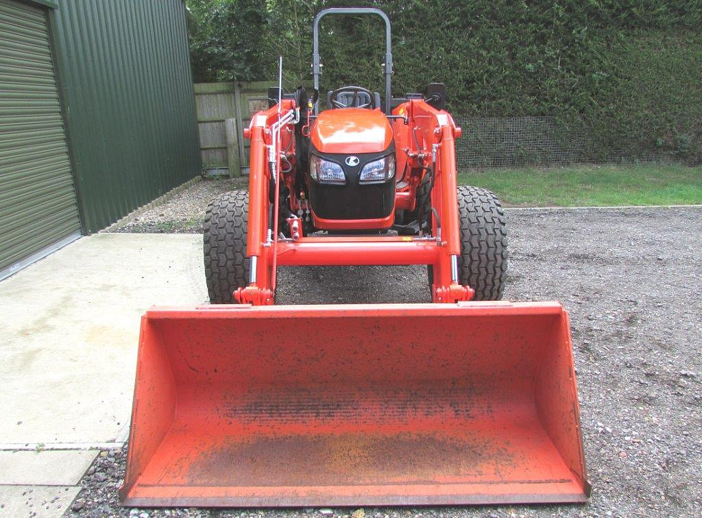 Tractor Loader Boom Middle Steeering : Rjw machinery used tractors and groundcare for