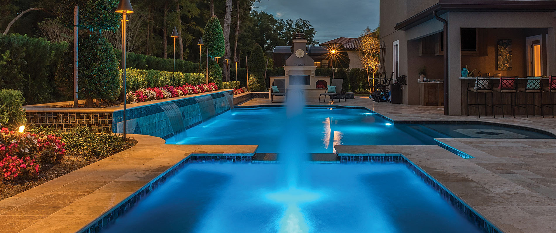 Custom luxury pools in central florida by southern pool for Custom pool designs