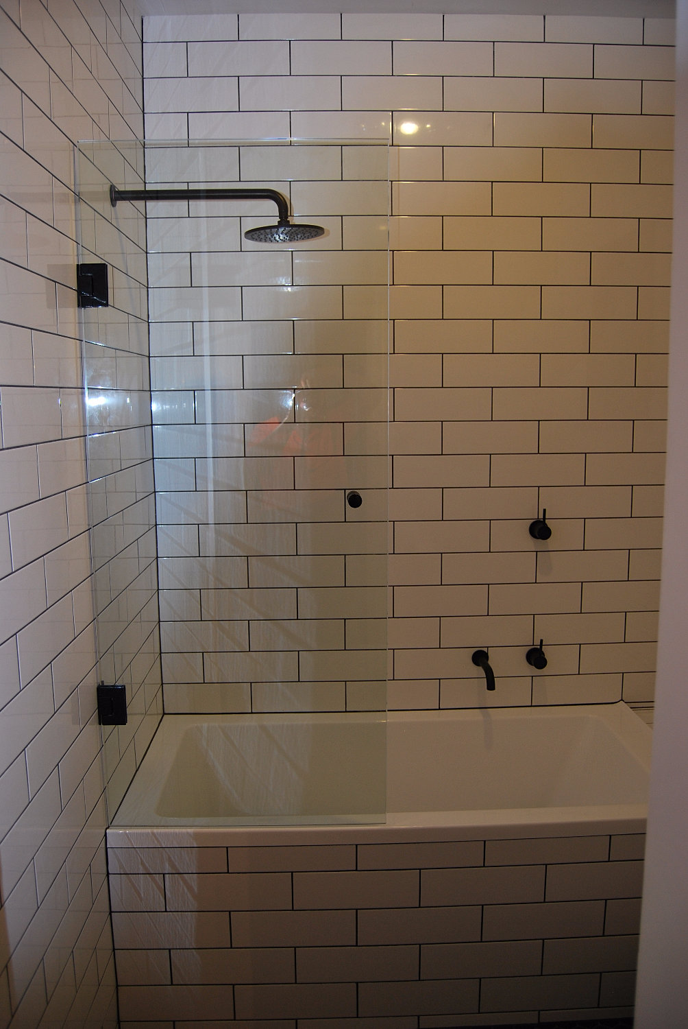 Showers And Mirrors Quality Shower Screens Amp Mirrors In