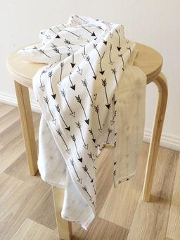 buster-boo-black-arrow-organic-wrap-blanket.jpg