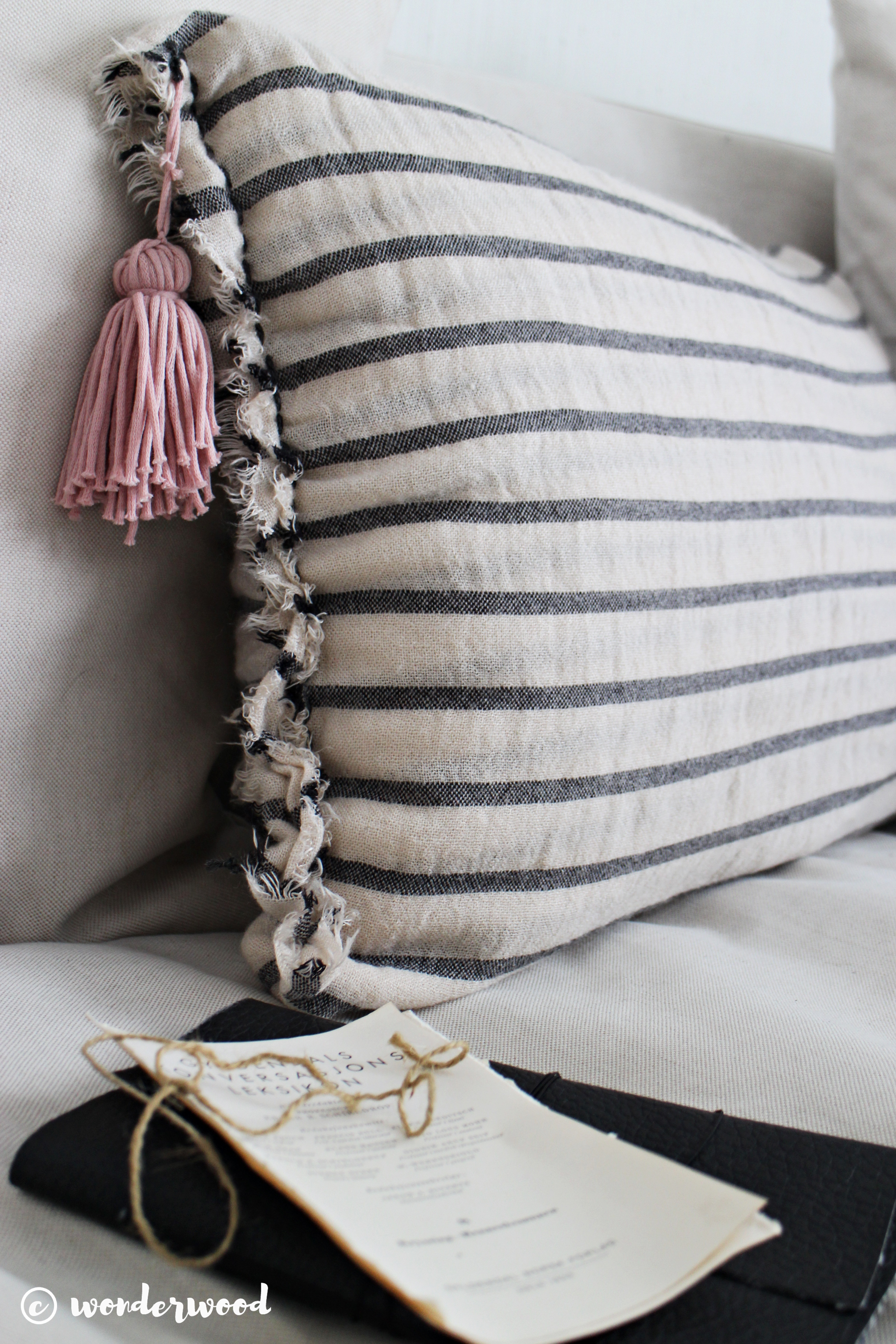 diy putetrekk av skjerf // diy scarf pillowcase