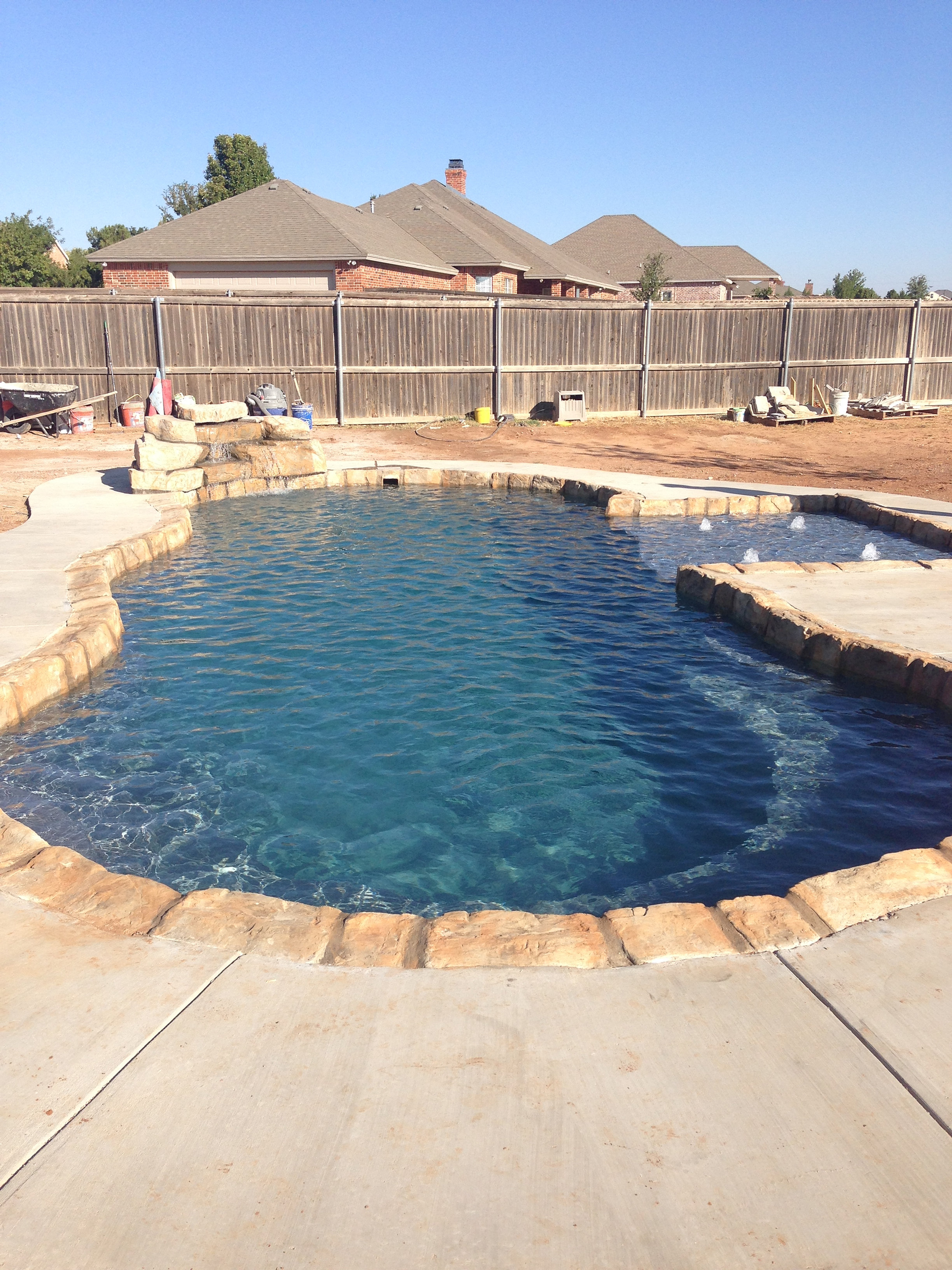 Lubbock pools lubbock texas swimming pool builder for Swimming pool dealers