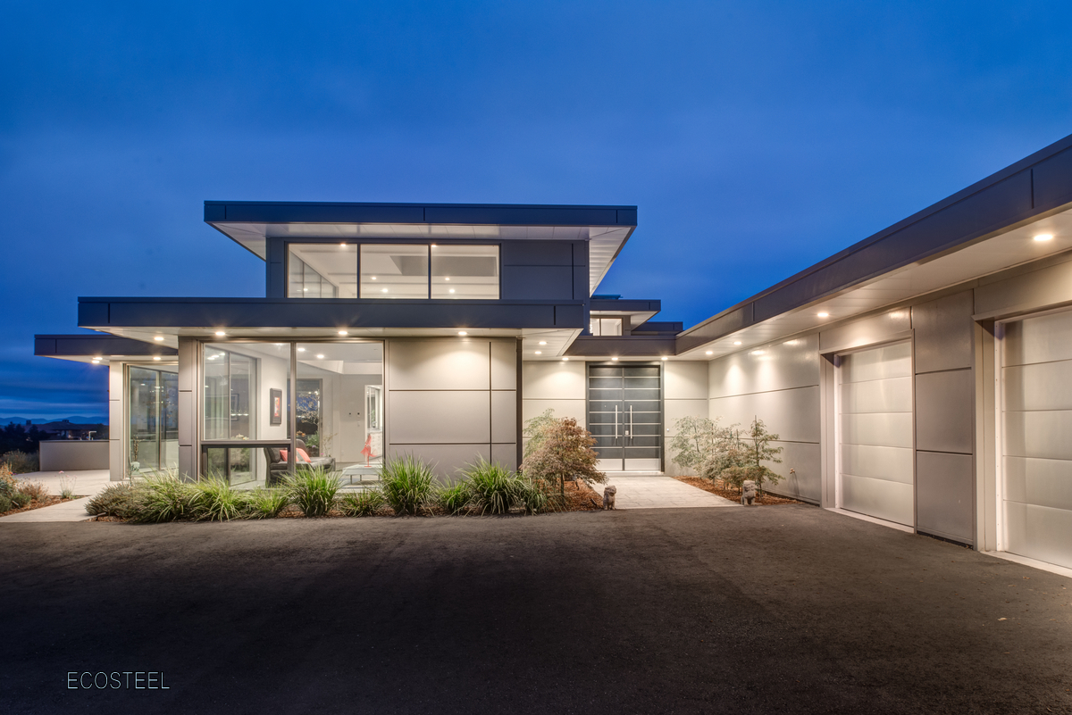 Modern steel homes buildings vancouver canada for Modern metal building