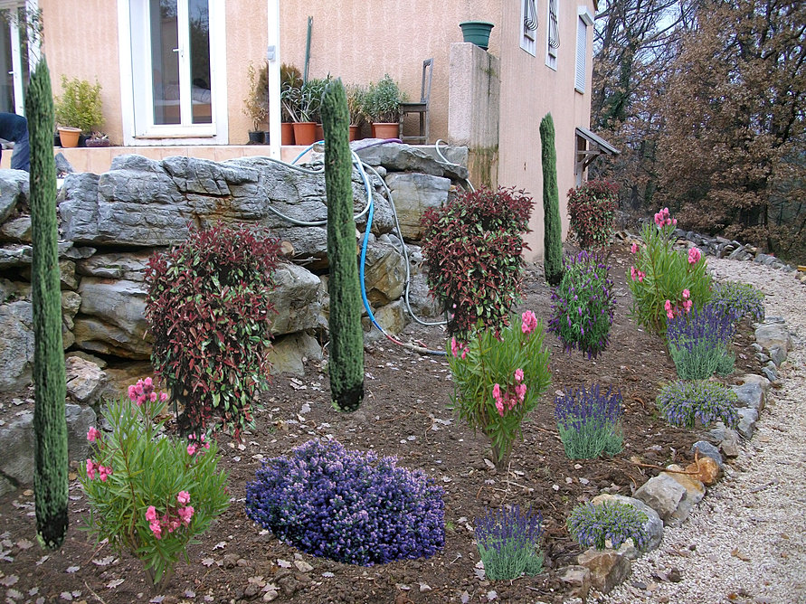 Entretien de vos espaces verts jardins for Entretien des jardins et espaces verts