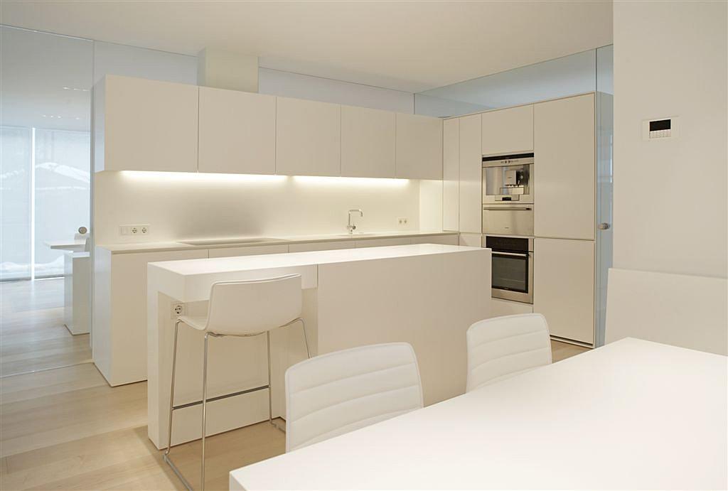 Интерьер кухни минимализм фото