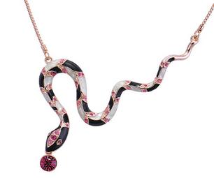 necklacesnake_edited.jpg