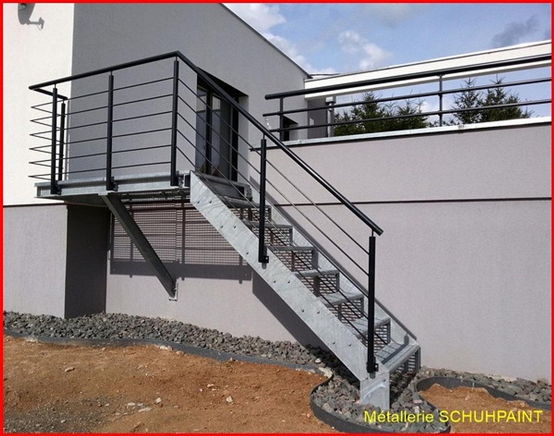 Terrasse m tallique schuhpaint for Escalier metallique exterieur prefabrique