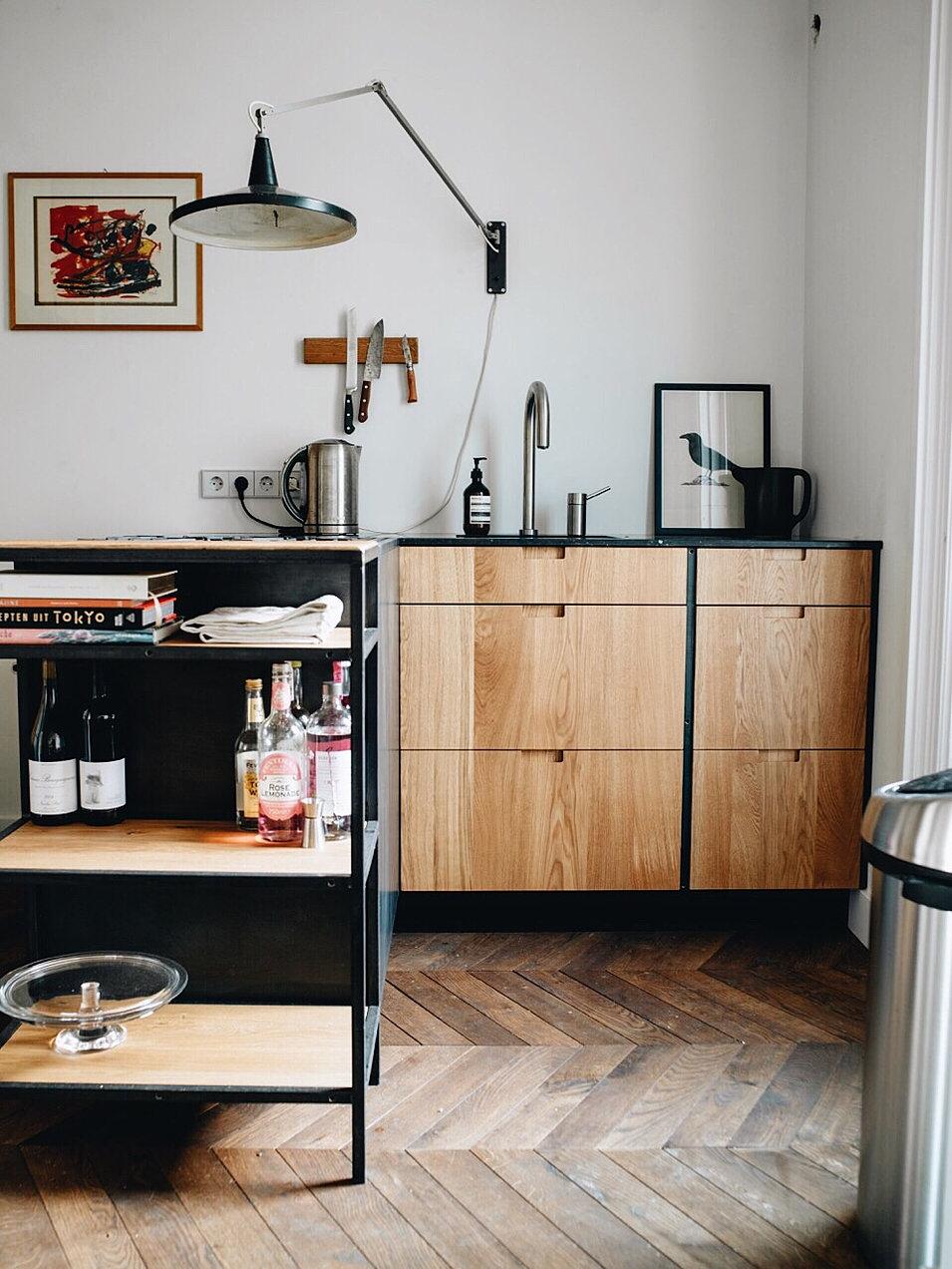 Keuken plaat achterwand nattursteen - Keuken steen en hout ...