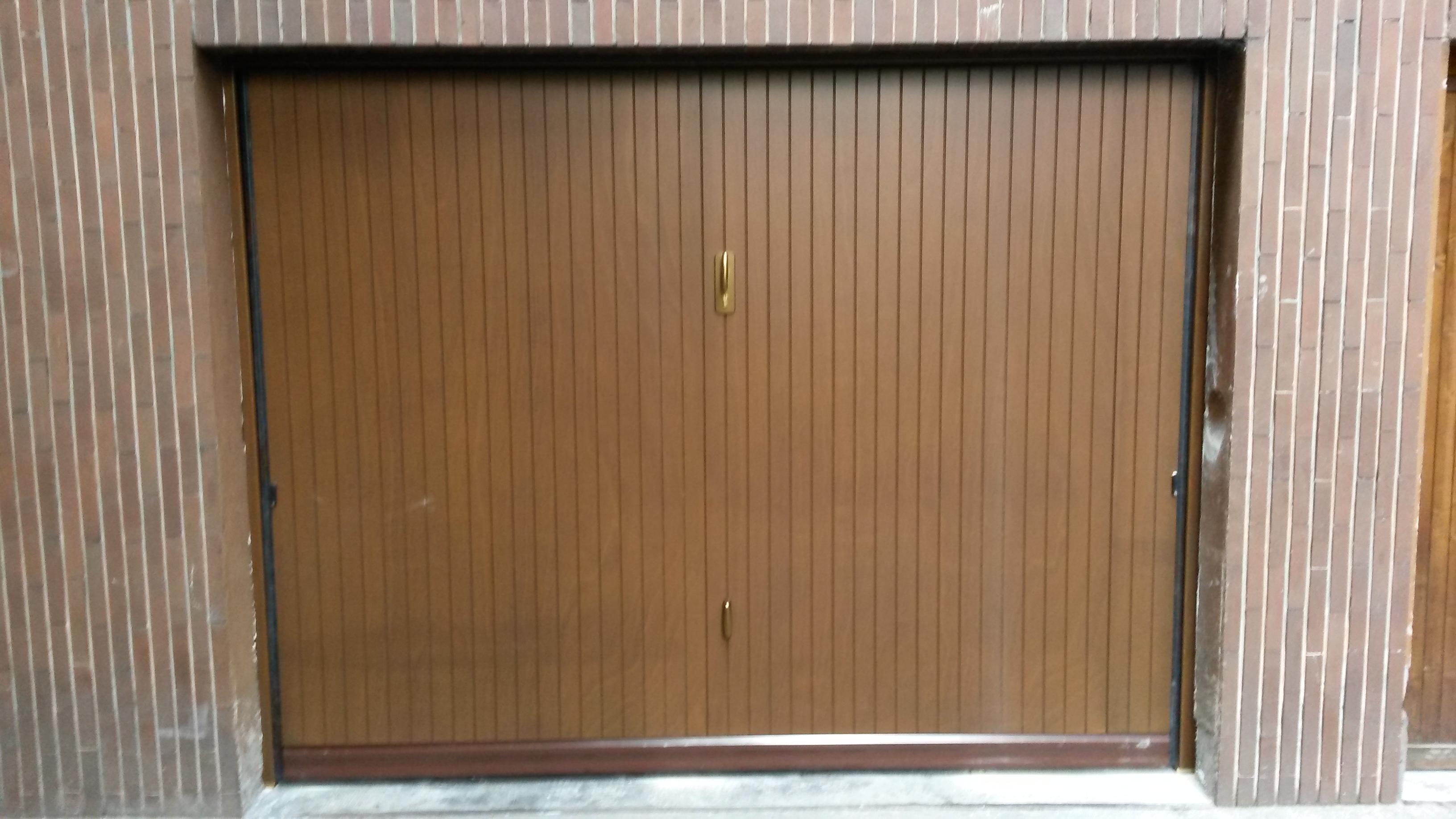 Portoni Sezionali E Porte Basculanti Per Garage Sezionali