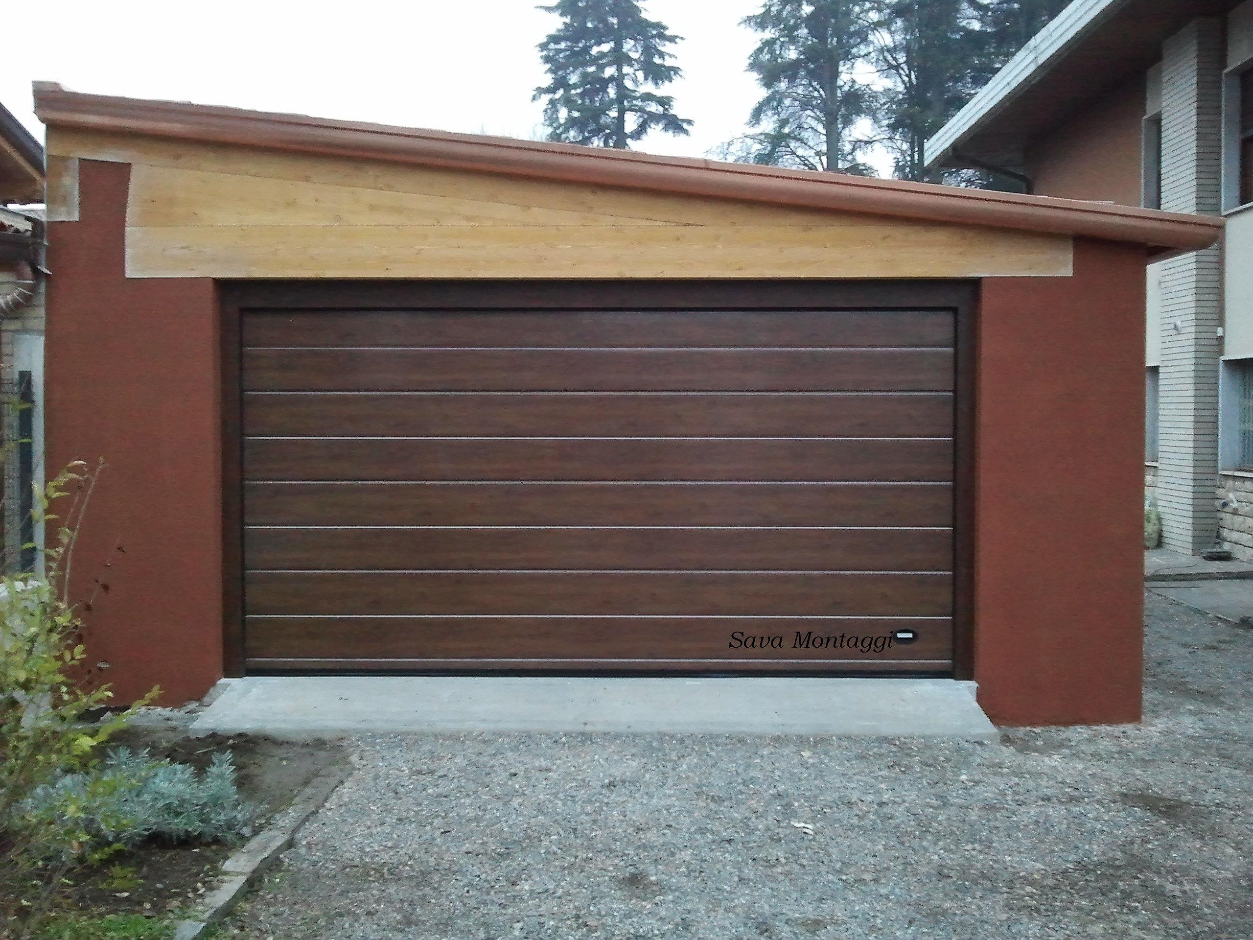 Portoni in legno per garage gd58 regardsdefemmes for Idee aggiuntive di garage allegato