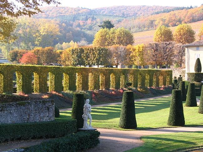 Chateau de la chaize the gardens for Boulingrin jardin