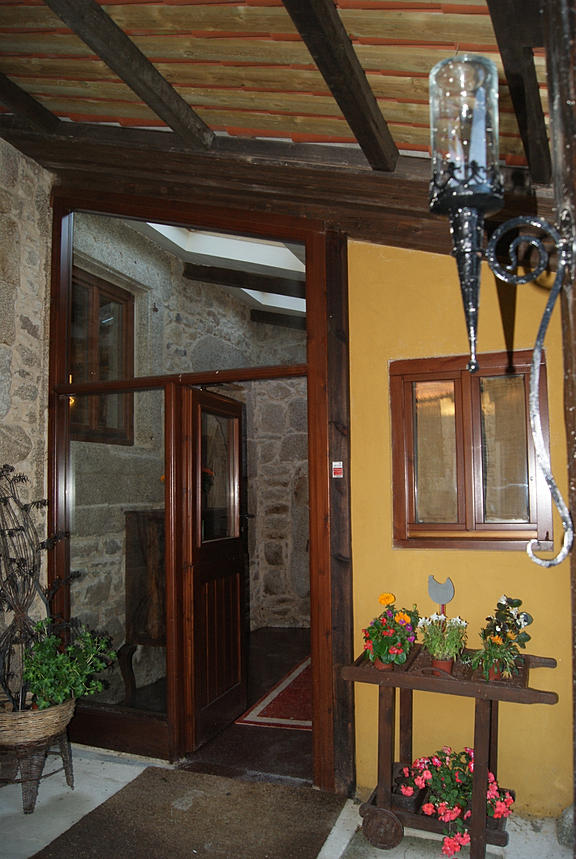 Casa rural gallega en venta a coru a siglo xviii de for Casas rurales cerca de madrid con piscina y barbacoa